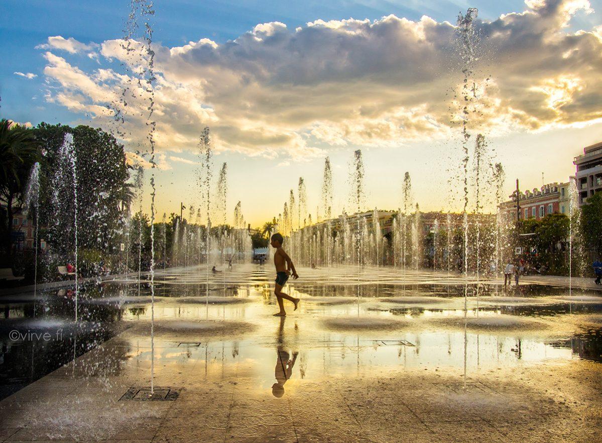 Bathing in Sunset sijoittui Suurkilpailussa!